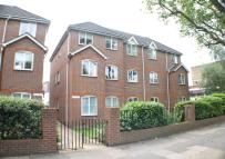 2 bed Ground Flat in Milestone Court...