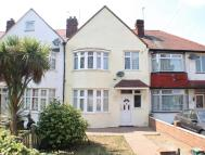 Terraced property to rent in Hall Road, Isleworth