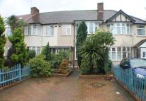 3 bed house to rent in Amhurst Gardens...