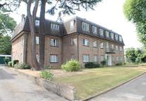 2 bed Ground Flat to rent in Osterley Lodge, Isleworth