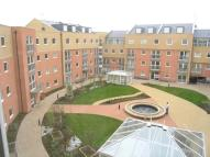 2 bedroom Apartment in Wooldridge Close, Bedfont