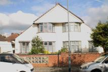 Brantwood Avenue semi detached house to rent