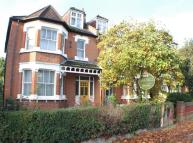 4 bed home in Avenue Road, Isleworth