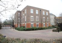 2 bed Apartment in Holme Court, Isleworth