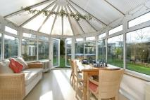 5 bed Detached home for sale in Milton Road, Bloxham...