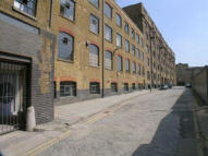 Gowers Walk Apartment to rent