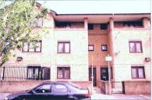 4 bedroom Terraced house to rent in Laburnum Street...