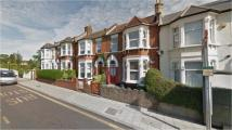 Flat to rent in Sandhurst Road, Catford...