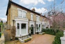5 bedroom Detached home to rent in Castelnau, London, SW13
