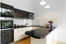 2 bed Flat to rent in Clarence Lane...