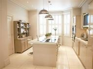 4 bed Detached property in Bushey Grove Road...