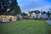6 bedroom Detached home for sale in Barnet Lane, Elstree...