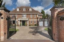 6 bedroom Detached house in Broad Walk...