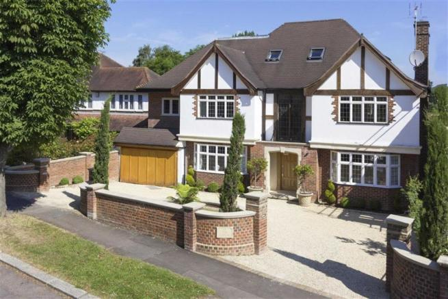 Picture 2. 8 bedroom detached house for sale in Lancaster Avenue  Hadley Wood