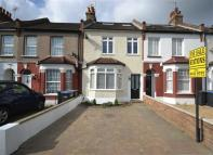 3 bedroom Cottage for sale in Cockfosters Road...