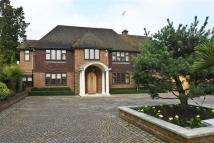 Detached home in Beech Hill, Hadley Wood