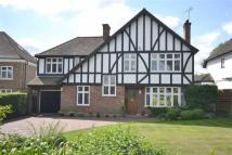 4 bedroom Detached house for sale in Waggon Road, Hadley Wood