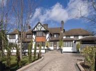 6 bedroom Detached property for sale in Beech Hill Avenue...