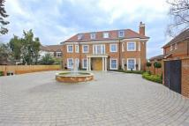 7 bed Detached property in Beech Hill, Hadley Wood...