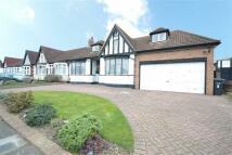 3 bedroom semi detached house in Manorway, Enfield...