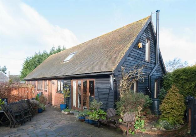 3 Bedroom Barn Conversion For Sale In Wingham Canterbury
