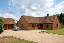 Detached Bungalow in Kirkby Underwood, Bourne