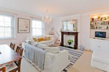 Flat for sale in Cannon Street Road...