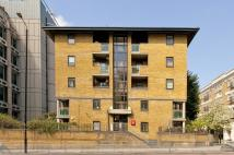 1 bed Flat for sale in East Smithfield...