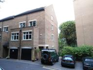 4 bed Terraced property in Caversham Place...