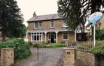 5 bedroom Detached house in New Road, Holmfirth