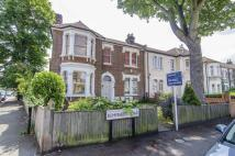2 bed Apartment in Kempshott Road...