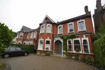 3 bed Apartment in Walm Lane...