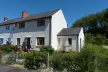 3 bed semi detached house in Brynawelon, Trecastle...