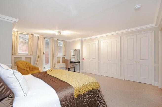 HHFJ bedroom 1.2.jpg