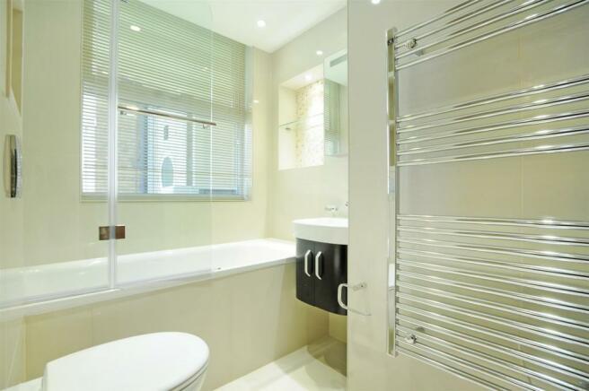 65 BC bathroom 2.JPG