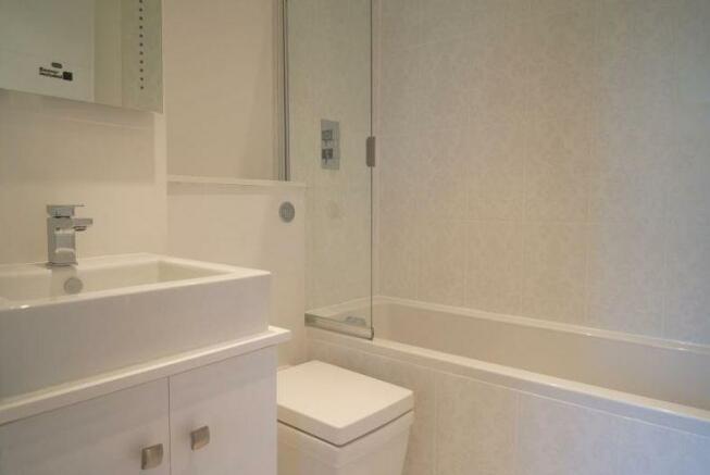 bathroom.jpg