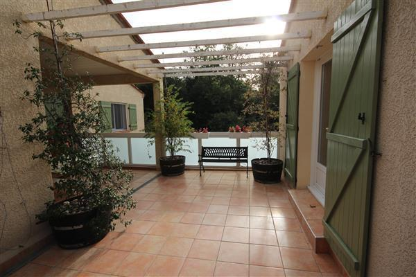 Terrace/Terrasse gite