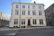 5 bedroom Apartment in Hannah House...