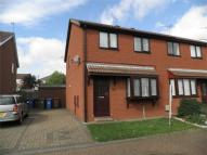 3 bedroom semi detached house in James Close, WITHERNSEA...