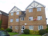 Apartment to rent in Common Road, Langley...