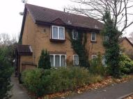 1 bedroom property in Albany Park, Colnbrook...