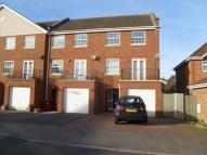 3 bedroom End of Terrace house in Langley, Berkshire
