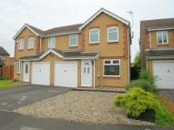 3 bedroom semi detached house in 40 Woodbeck Rise