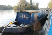 House Boat in The Hollows, Brentford to rent