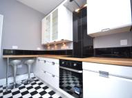 Francis Avenue Flat to rent