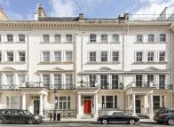 1 bedroom Flat to rent in Ennismore Gardens