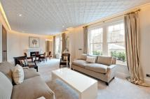 3 bedroom Apartment in Cadogan Court Gardens...