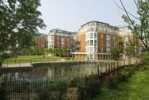 4 bedroom Flat to rent in Coleridge Gardens...