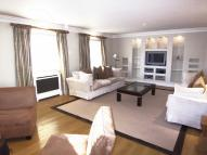 3 bed Flat to rent in William Street...