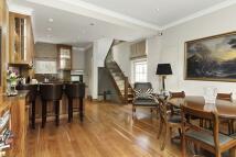 3 bedroom Flat to rent in Ovington Street, Chelsea